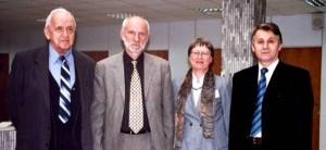 Члены проблемной комиссии - справо налево  профессора И.В.Радыш, Ж.Корнелиссен (США), С.М.Чибисов, Ф.Халберг(США).